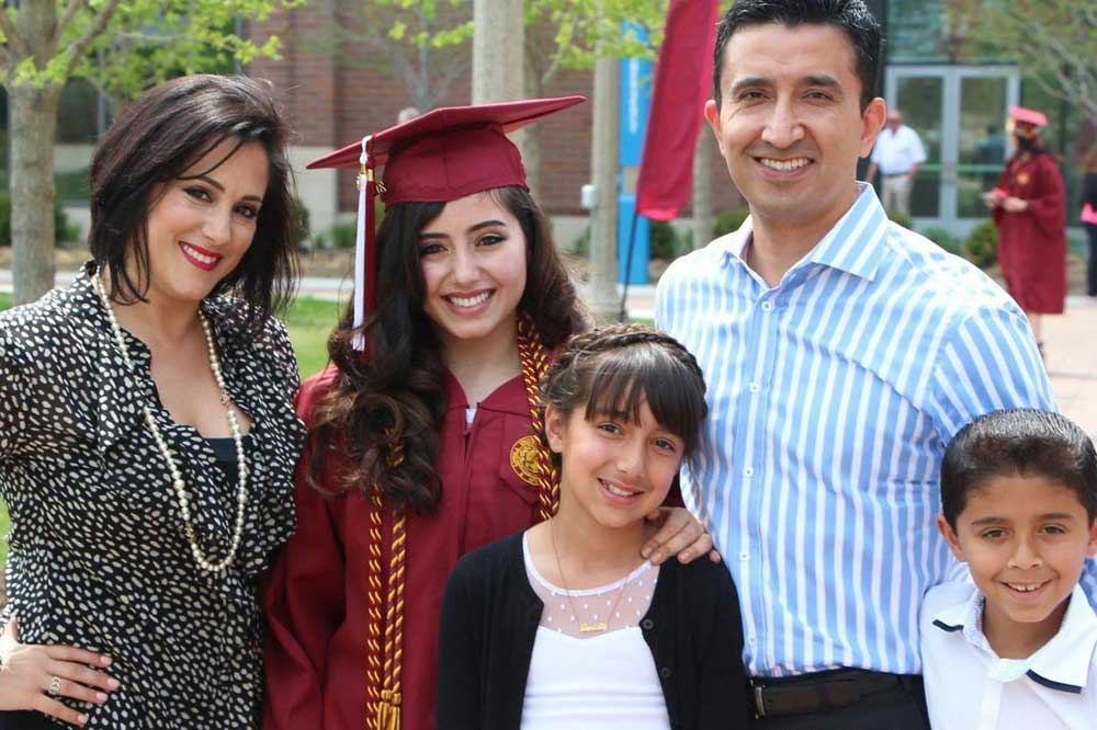 1000 Families Project: GG, Daniel, Alexis, Daniella and Gabriel