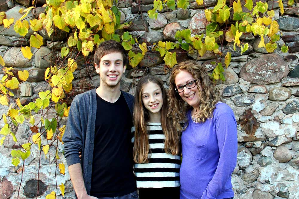 1,000 Families Project: Sandi and Family