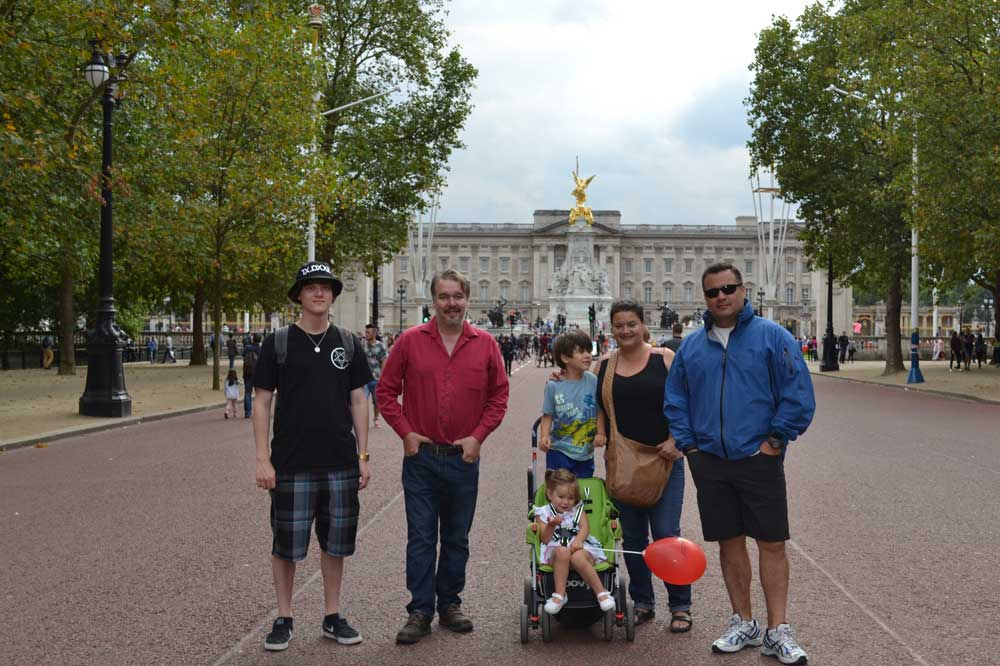 1,000 Families Project: Paula, Simon, Raven, Aidan and Maya palace